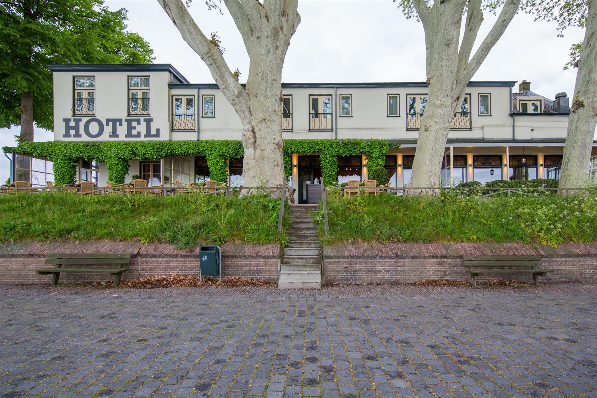 Hotel Belverdere trap terras